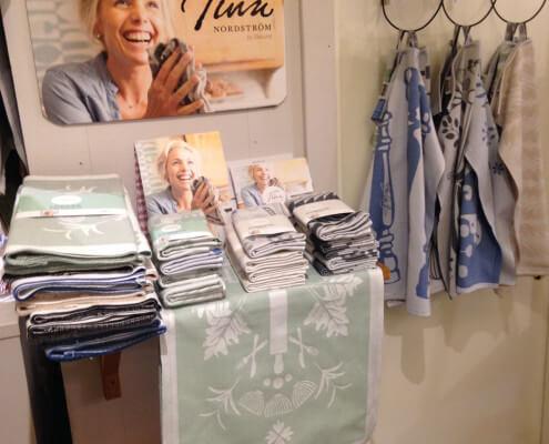 Tinas dukar o handdukar i samarbete med Ekelund/Linneväveriet 50% (resterande lager)